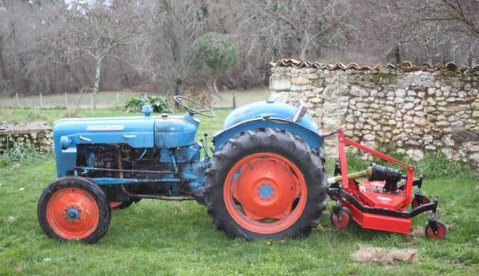 Tracteur Fordson Dexta en