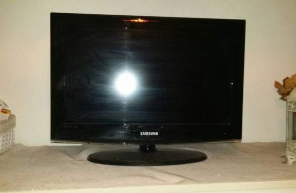 TV SAMSUNG LE26A456-66cm