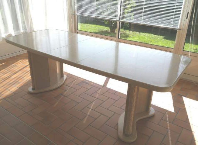 Belle et grande table
