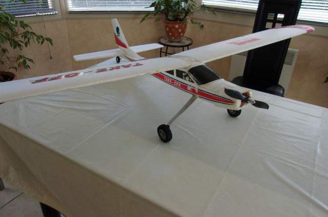 Avion électrique en EPP