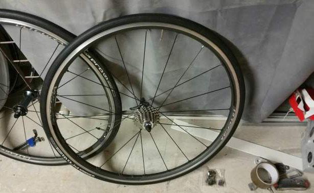 Paire de roues shimano