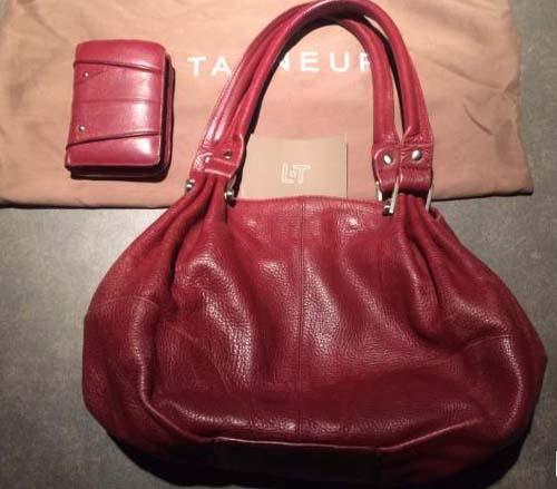 Un sac et un portefeuille