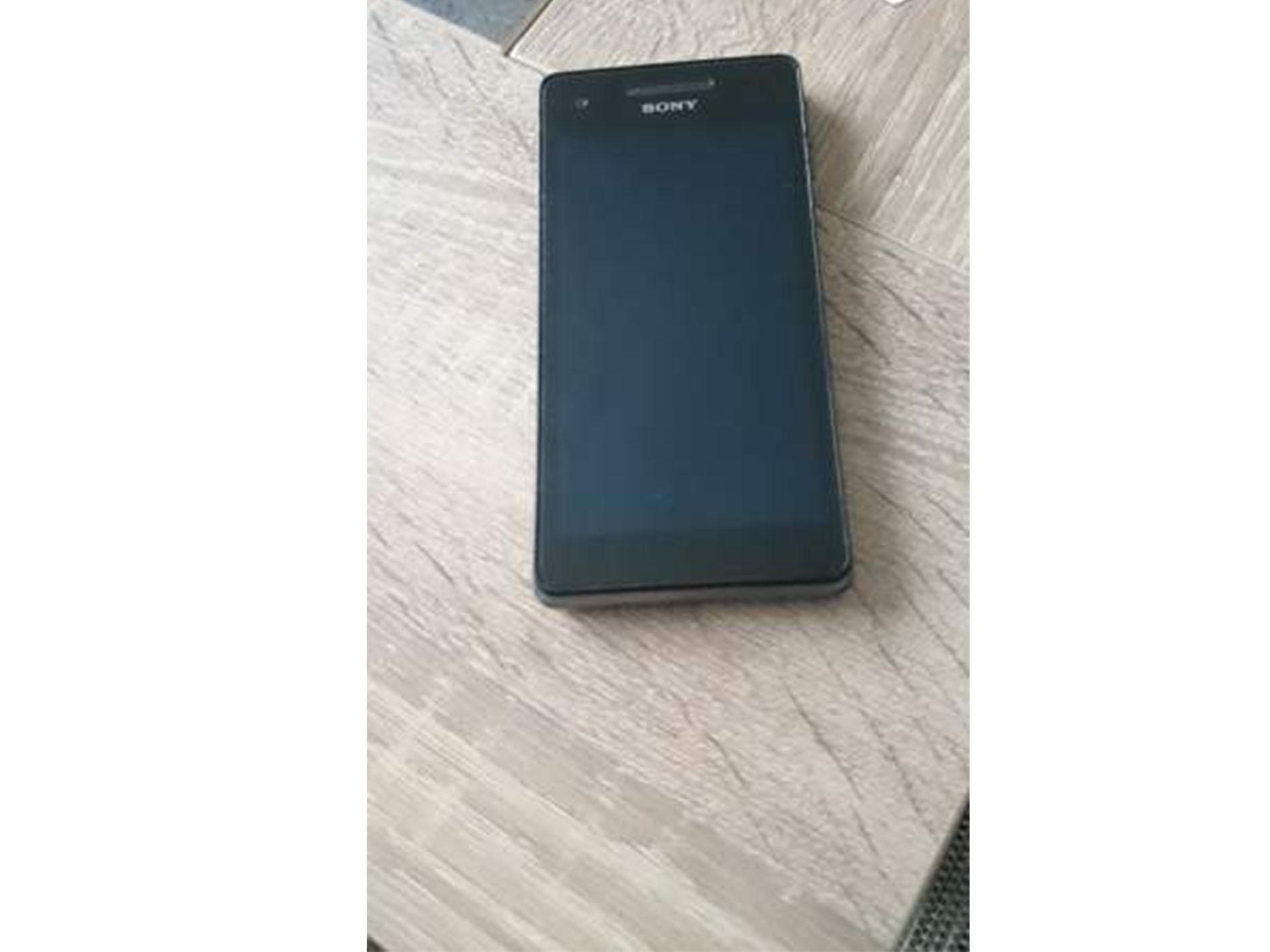 Smartphone Sony Xperia V en vente