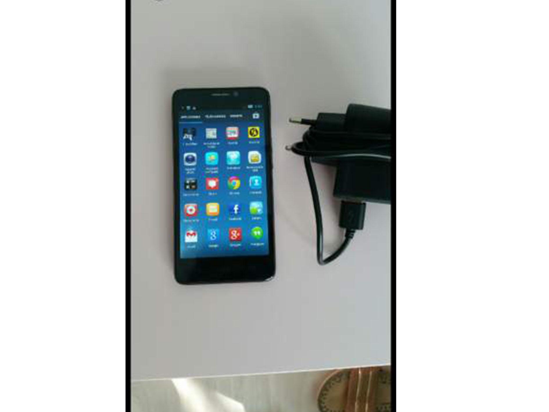Smartphone buigtelcom 4G.hd 8 millions de pixel