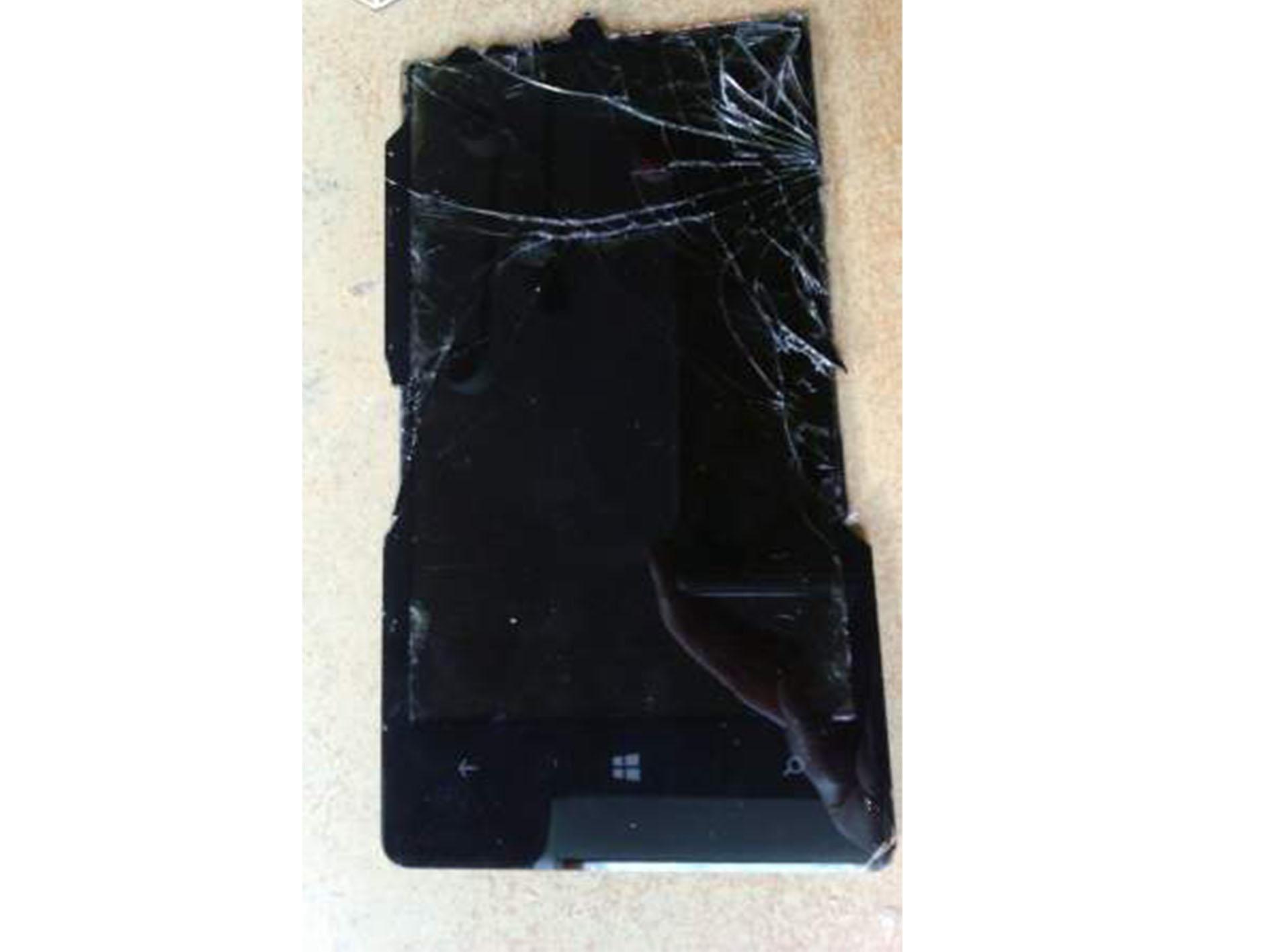 Vente NOKIA LUMIA 1020 4G avec écran cassé