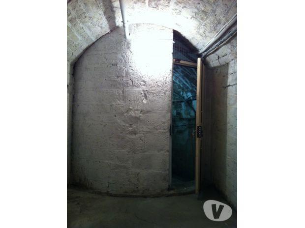 Vente de deux caves sèches saines et sécurisées