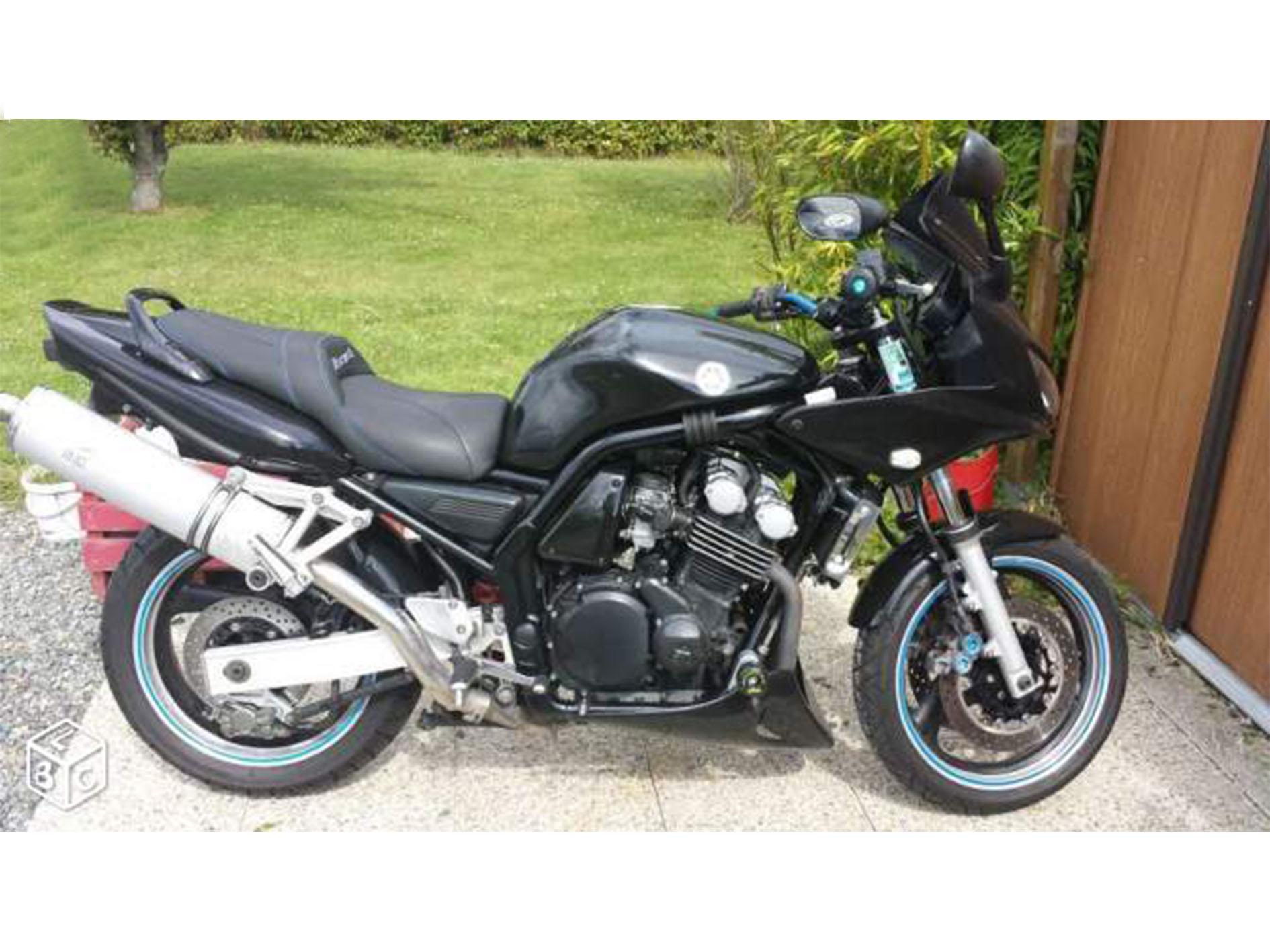 Moto Yamaha Fazer 600 FZS