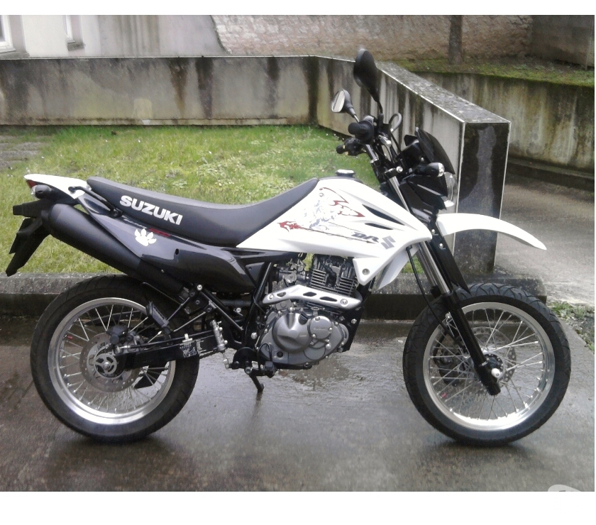 Suzuki dr 125 en bon