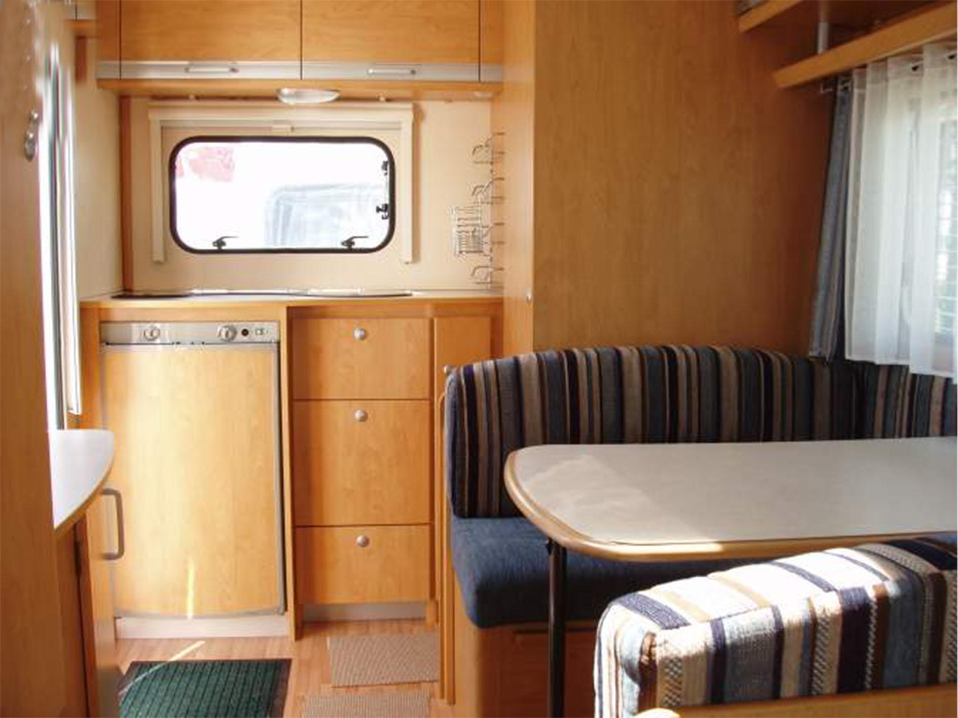 caravane d 39 occasion sterckeman 420 cp evolution 2010. Black Bedroom Furniture Sets. Home Design Ideas