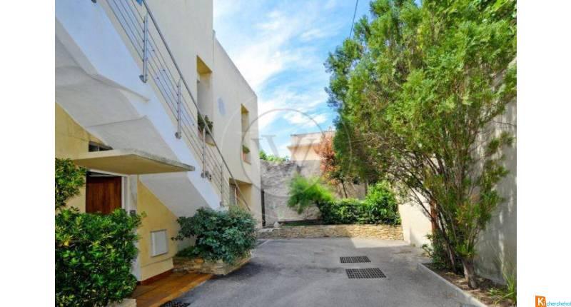 Duplex à vendre à Marseille