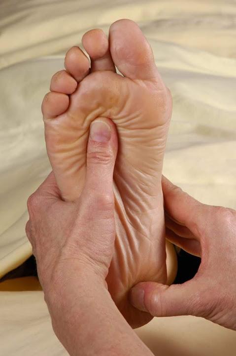 Massage, Thérapie de Bien-être, Soin Holistique et Chamanisme
