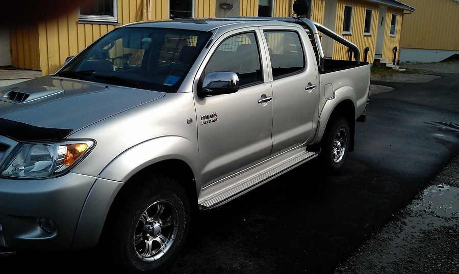 Toyota HiLux 3.0 D-4D pick up 4 portes 5 places