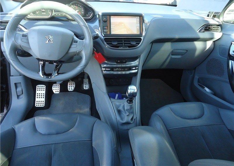 Peugeot 208 1.4 68CH FAP BVM5 Allure