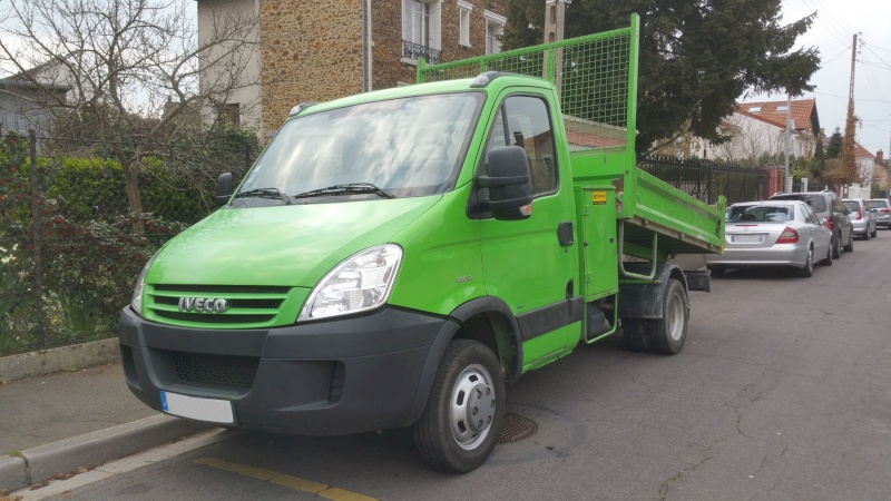 IVECO Daily 35C12 2.3L Camion Benne